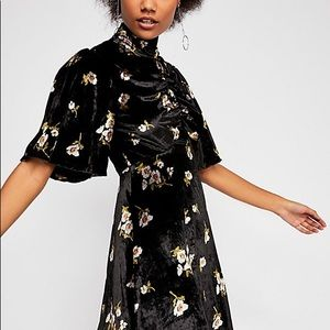 NWT Free people be my baby velvet floral dress